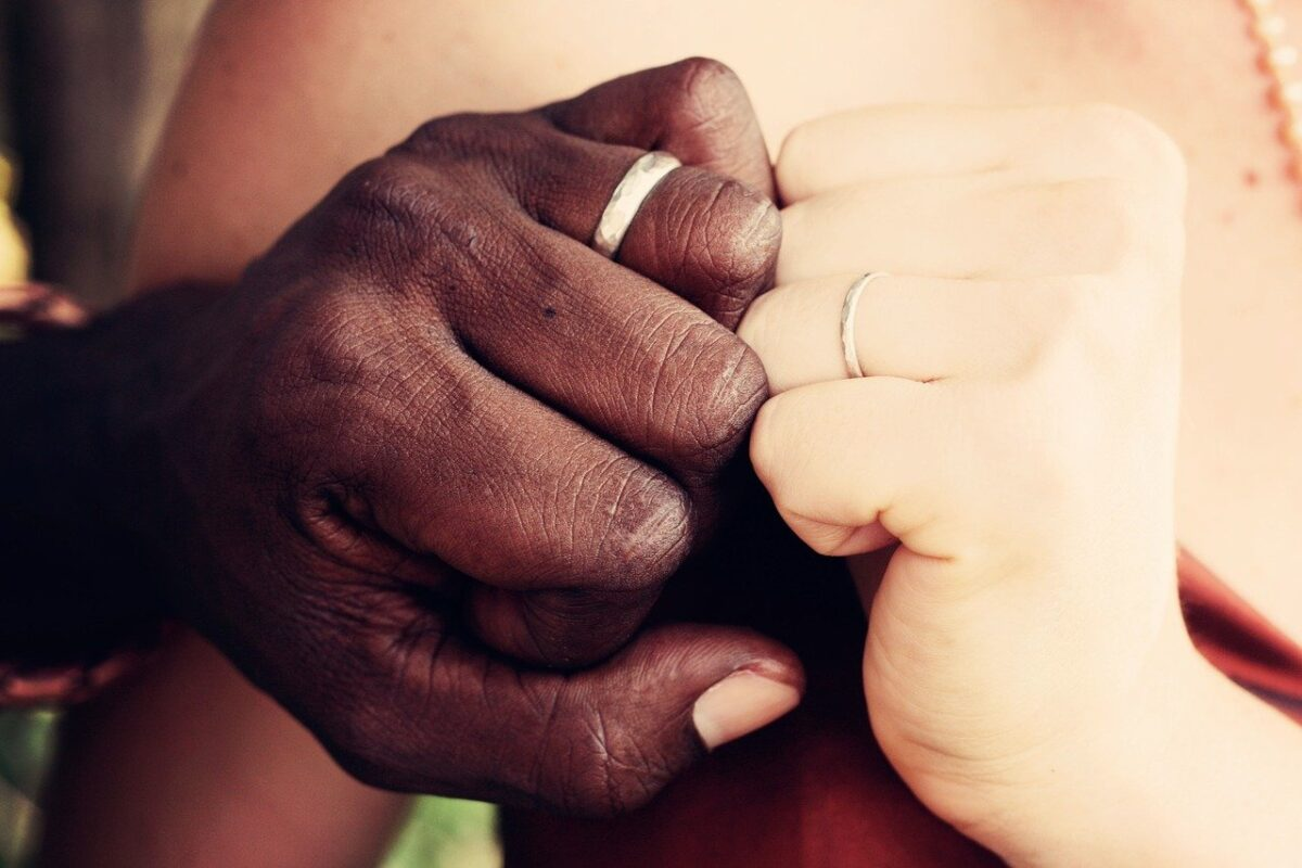 Why Interracial Dating Is So Darn Hot